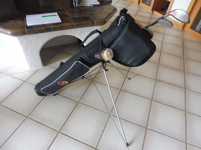Golfbag mit Inhalt für die kleine Runde