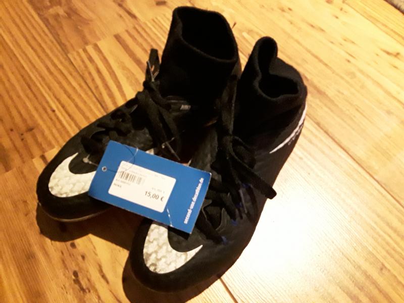Stollenschuh Hypervenom Nike Skin