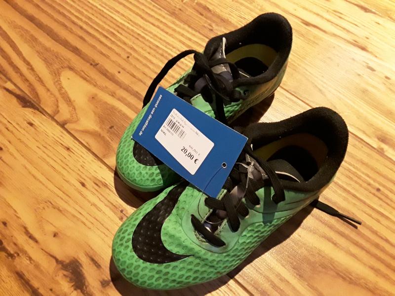 Stollenschuh Hypervenom Nike