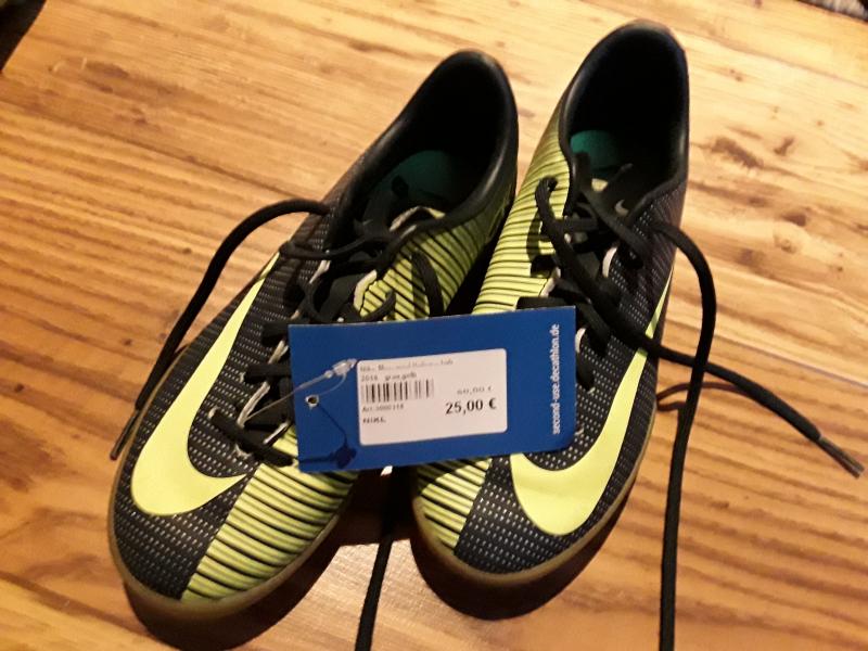 Nike Mercurial Hallenschuh