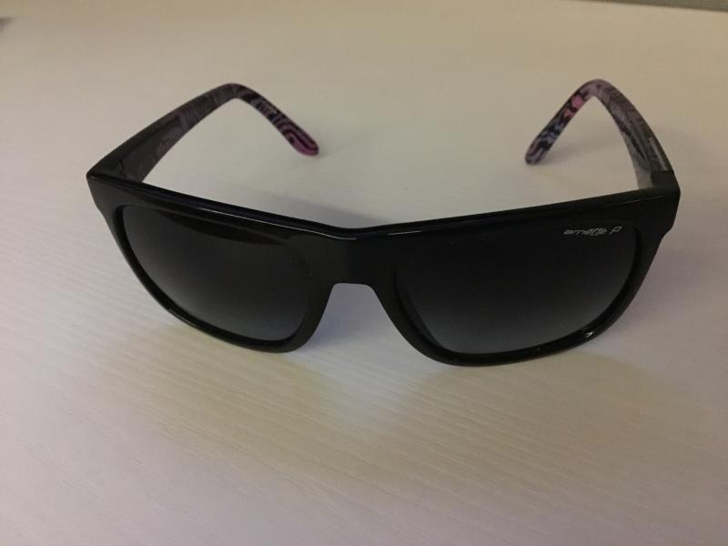 e9293615b3 Gafas sol Arnette Polarizadas mujer