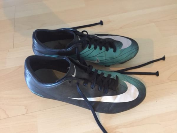 Chaussures foot Mercurial
