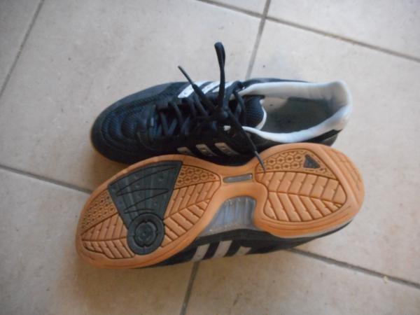 chaussures de sport de salle