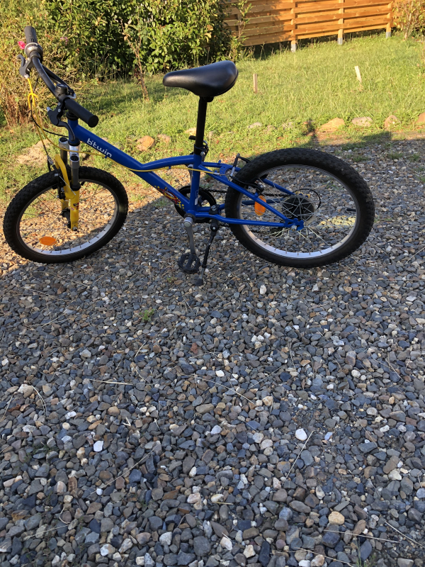 vélo bmx bleu