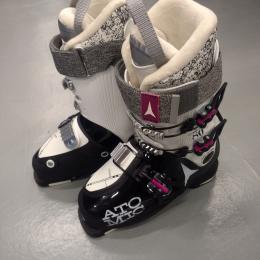Botas atómica esqui