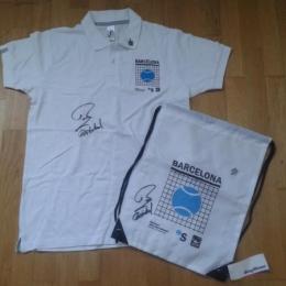 camiseta firmada por Rafa Nadal