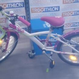 Bici rosa nena