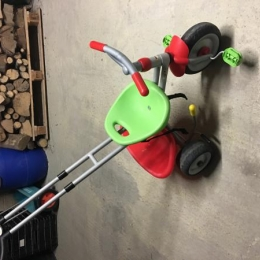 TRICYCLE SMOBY ROUGE/GRIS/VERT