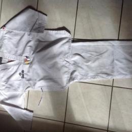 Dobok taekwondo enfant