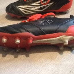 CHAUSSURE RUGBY ADULTE TERRAINS SECS DENSITY 300 FG