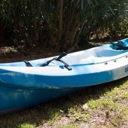 Kayak de type sit-on-top