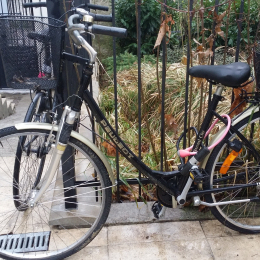 Vélo de ville type hollandais