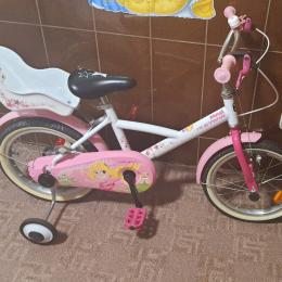 Bicicleta decathlon fetite roz